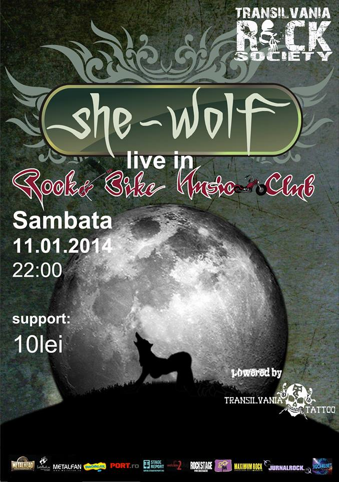 She Wolf in Rock & Bike
