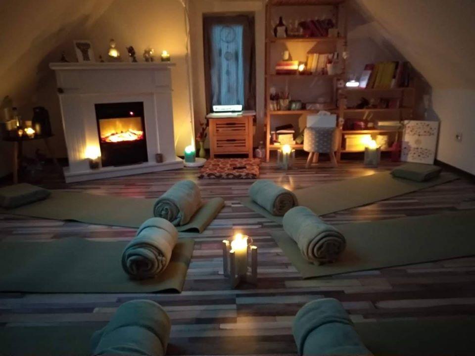 Open Mindfulness Class, meditație & relaxare